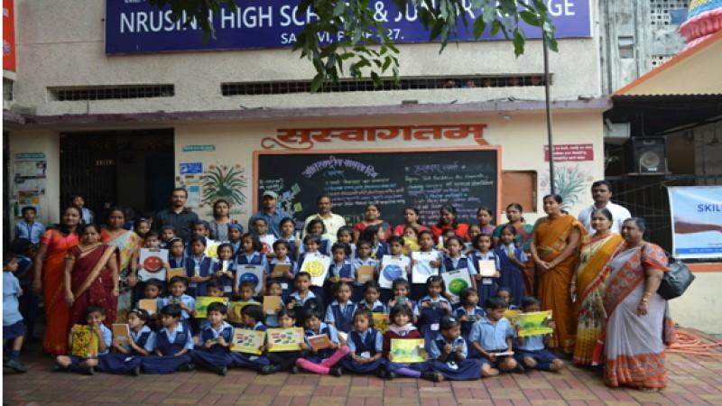 Children after prize distribution